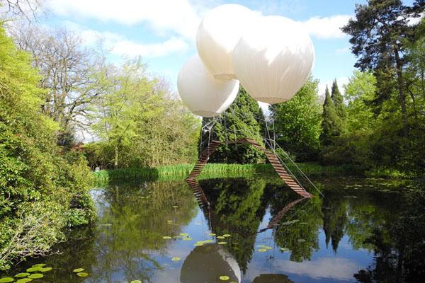 balloon-bridge-by-Olivier-Grossetête-tatton-park-04