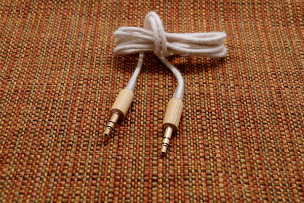 bamboo-bluetooth-speaker-bongo-03