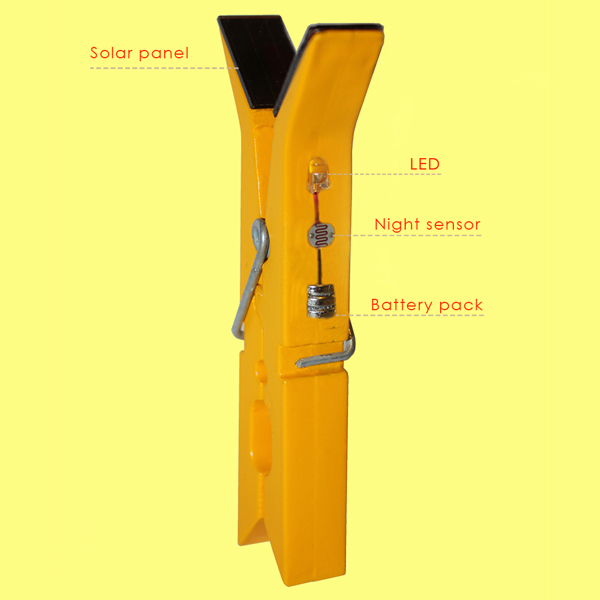 lightly-solar-powered-clothes-pins-05