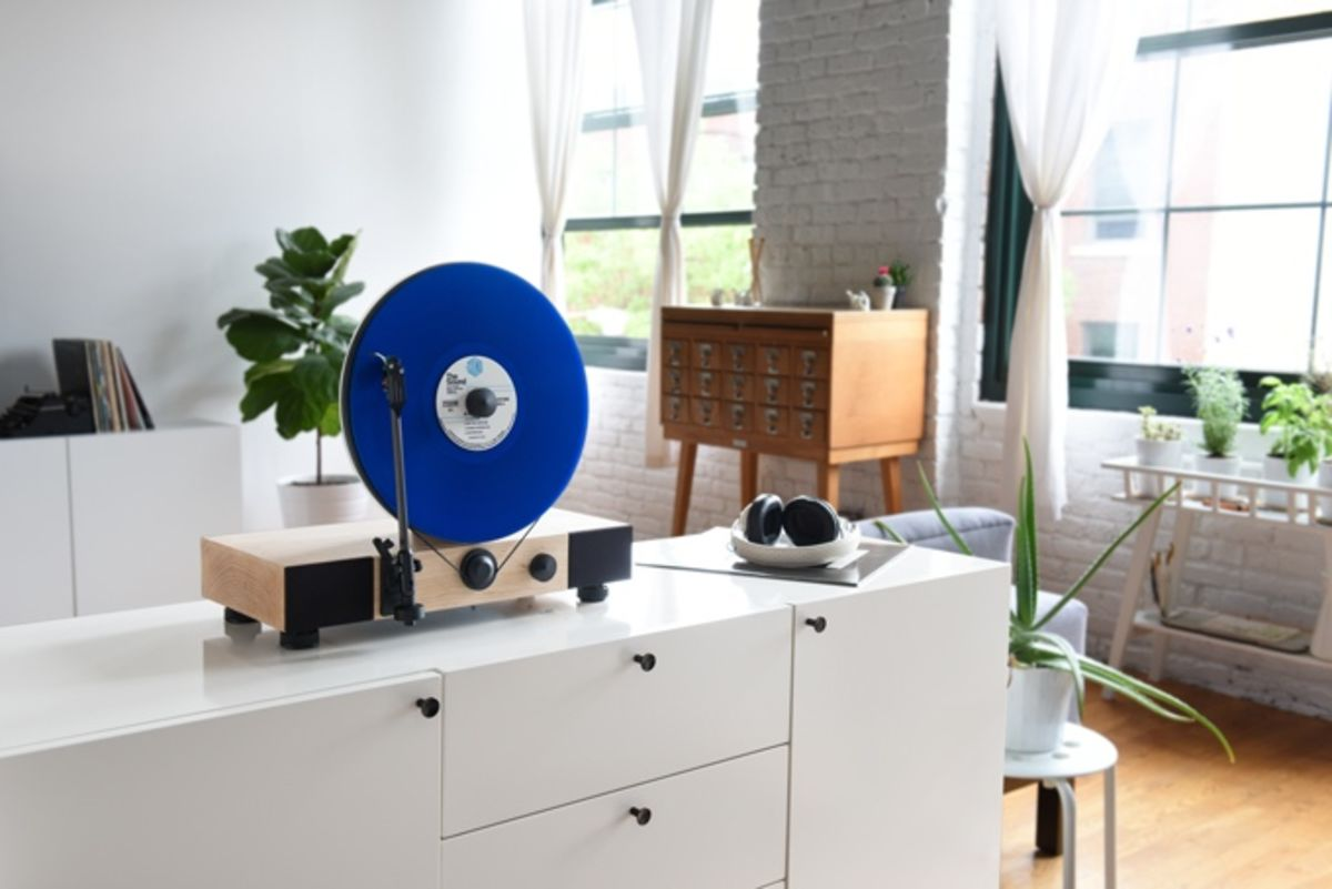 Floating record player by Gramovox - 02