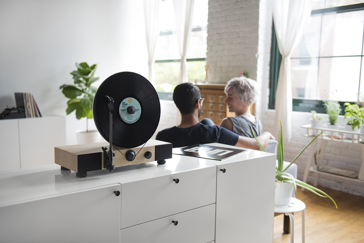 Floating record player by Gramovox - 03