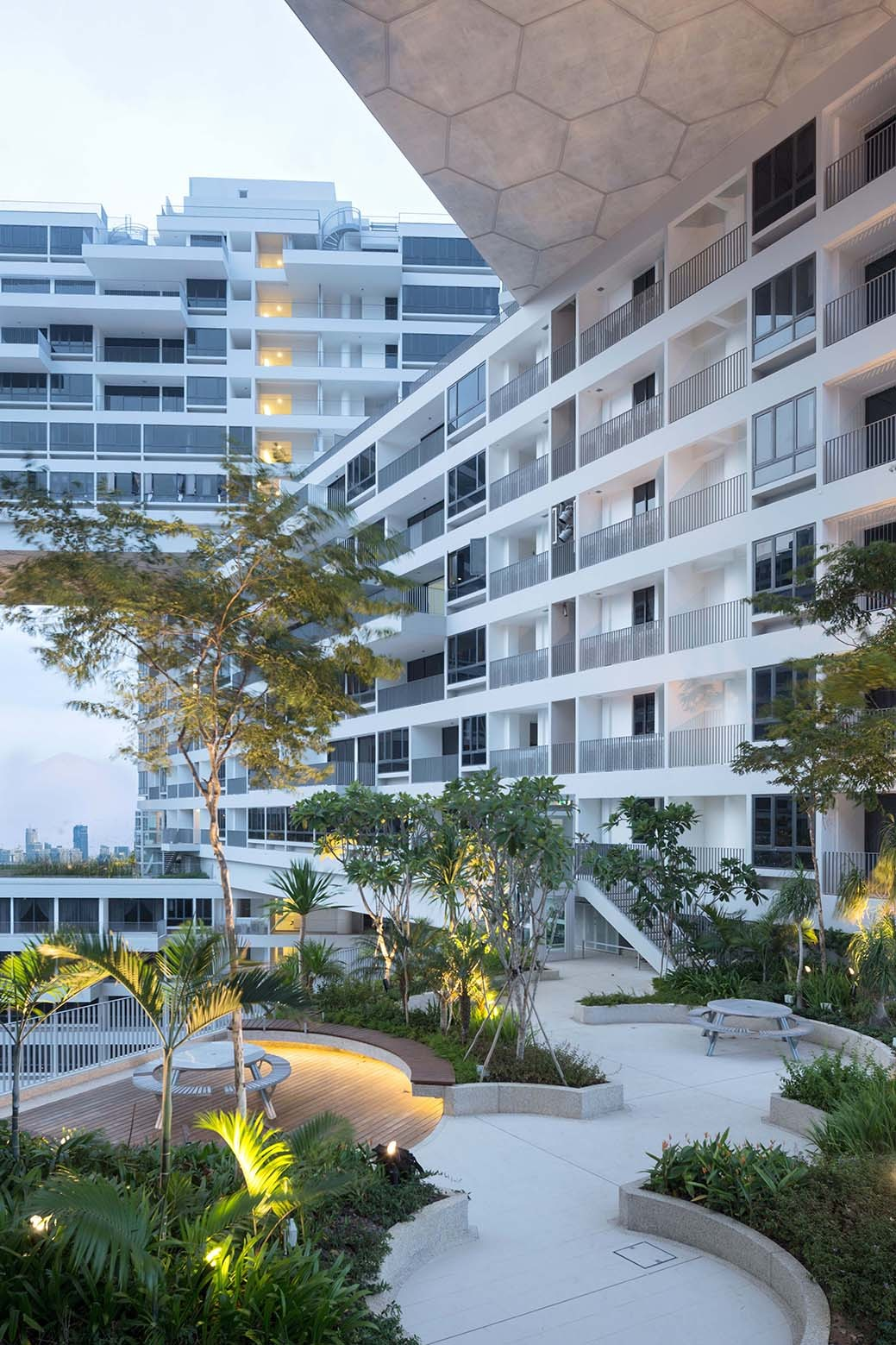 The Interlace in Singapore by OMA and Ole Scheeren - 08