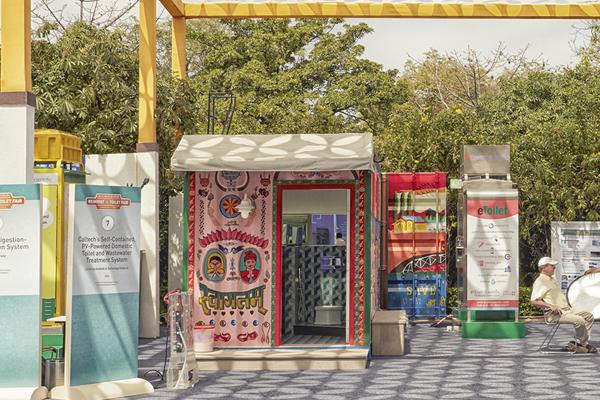 mobile-restroom-by-caltech-kohler-06