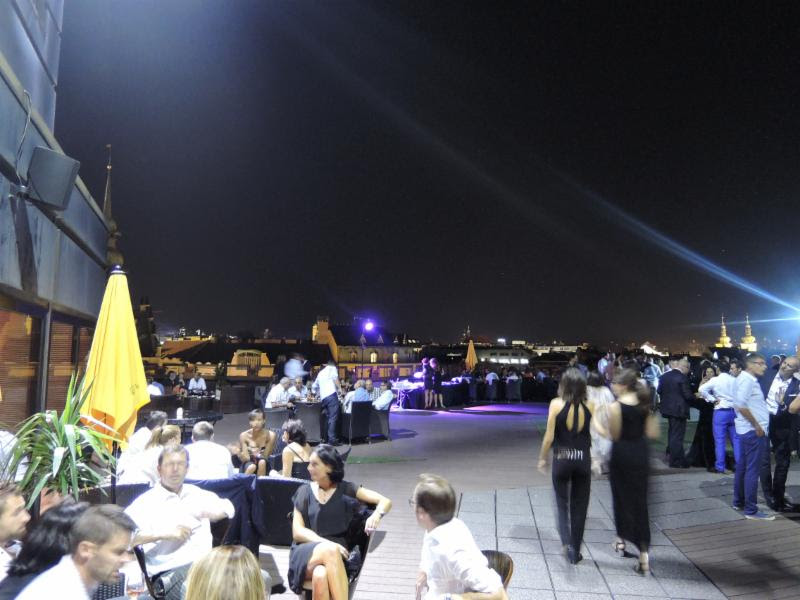 PRAGUE : 200 guests on a roof top in Prague