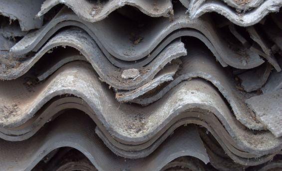 Alytaus rajone surenkami sveikatai ypač pavojingi asbesto gaminiai