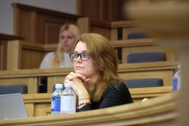 N. Rinkevičiūtė: traukiuosi įvertinusi politinę situaciją ir saugodama savo šeimą 19