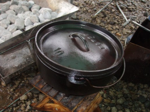 シーズニング完了(鋳鉄のダッチオーブン)