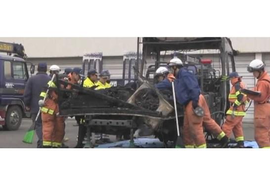 キャンピングカーの炎上事故