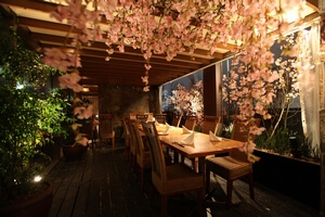 『美食米門 渋谷』買い物帰りに桜テラスで楽しむBBQ