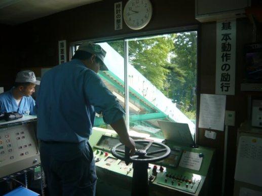 大山ケーブルカー運転室・機械室親子見学会