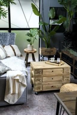 ▲パレットを使用して作った家具