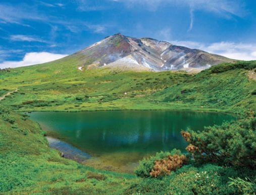 9位 旭岳(あさひだけ)<北海道> *6位「大雪山」に含まれる