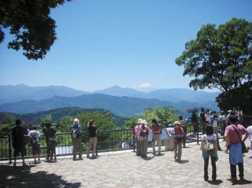 4位 高尾山(たかおさん)<東京都>