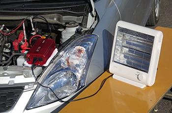 一般的の車で、インバーターの定格出力内で家電製品を使用(イメージ)