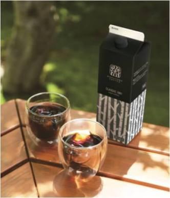 創業当時の味を再現した「丸山珈琲のブレンド・クラシック1991」を使用したリキッドアイスコーヒー