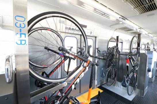 自転車はそのまま搭載可能!