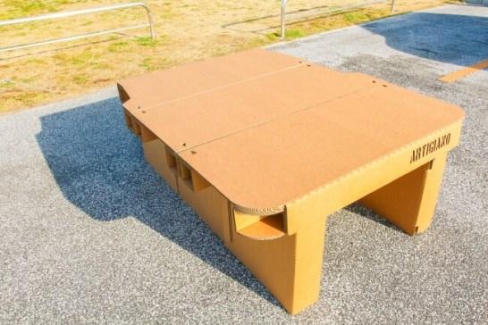 ダンボール製 ハイエース専用ベッドキット