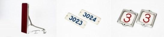 購入特典の車内装備品3点(折たたみテーブル・カーテンフック・衣類フック)、車番プレート、号車番号板