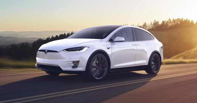 Кроссовер Tesla Model X: PlayStation для взрослых и другие секреты этого электромобиля