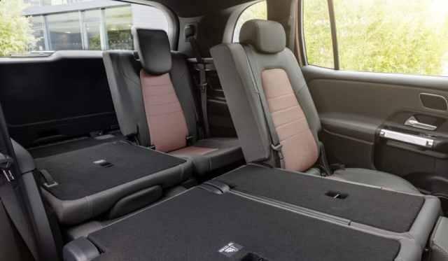 Mercedes-Benz EQB интерьер сиденья