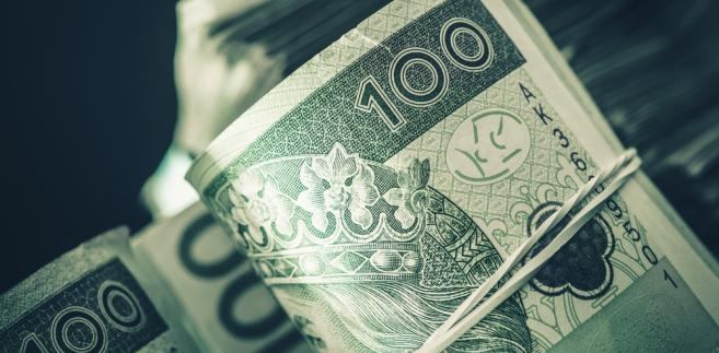uchwały obniżające pensje włodarzy