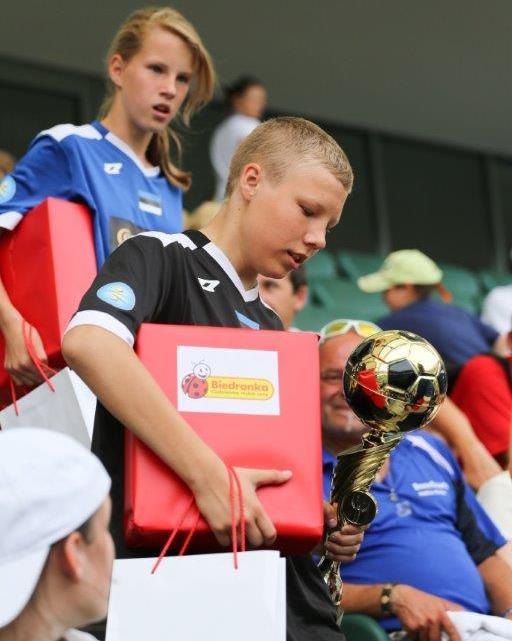 Biedronka wspiera polskie nadzieje na Mundial.