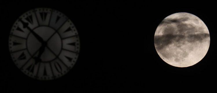 Ruch księżyca sprawia, że doba się wydłuża
