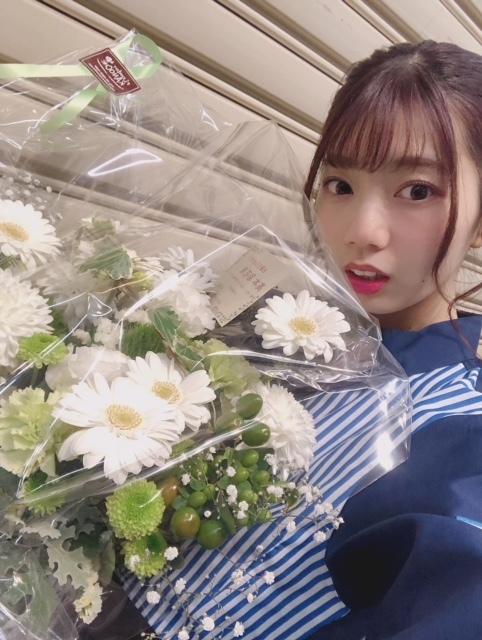 高本彩花さんは握手会対応が素敵な弓道娘!