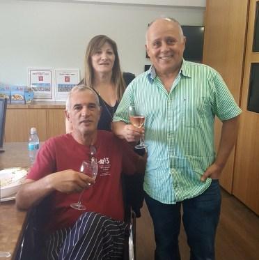 מימין: אלי ויהודית פדידה והשף בועז קוינטנר
