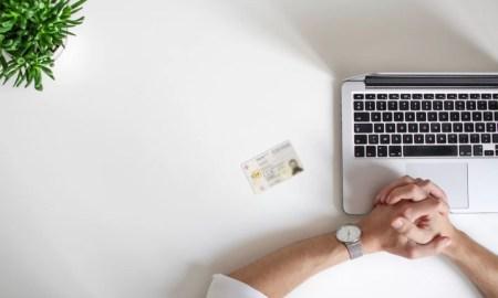 Portal da queixa; cartão cidadão; computador