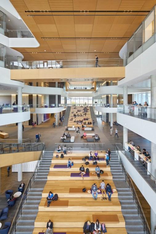 Kellogg MBA - Northwestern's Kellogg School of Management - Global Hub - Gies Plaza