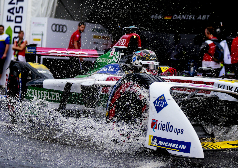 La finale de New York du 15 juillet 2018, première épreuve de Formule E disputée sous la pluie. (AUDI)