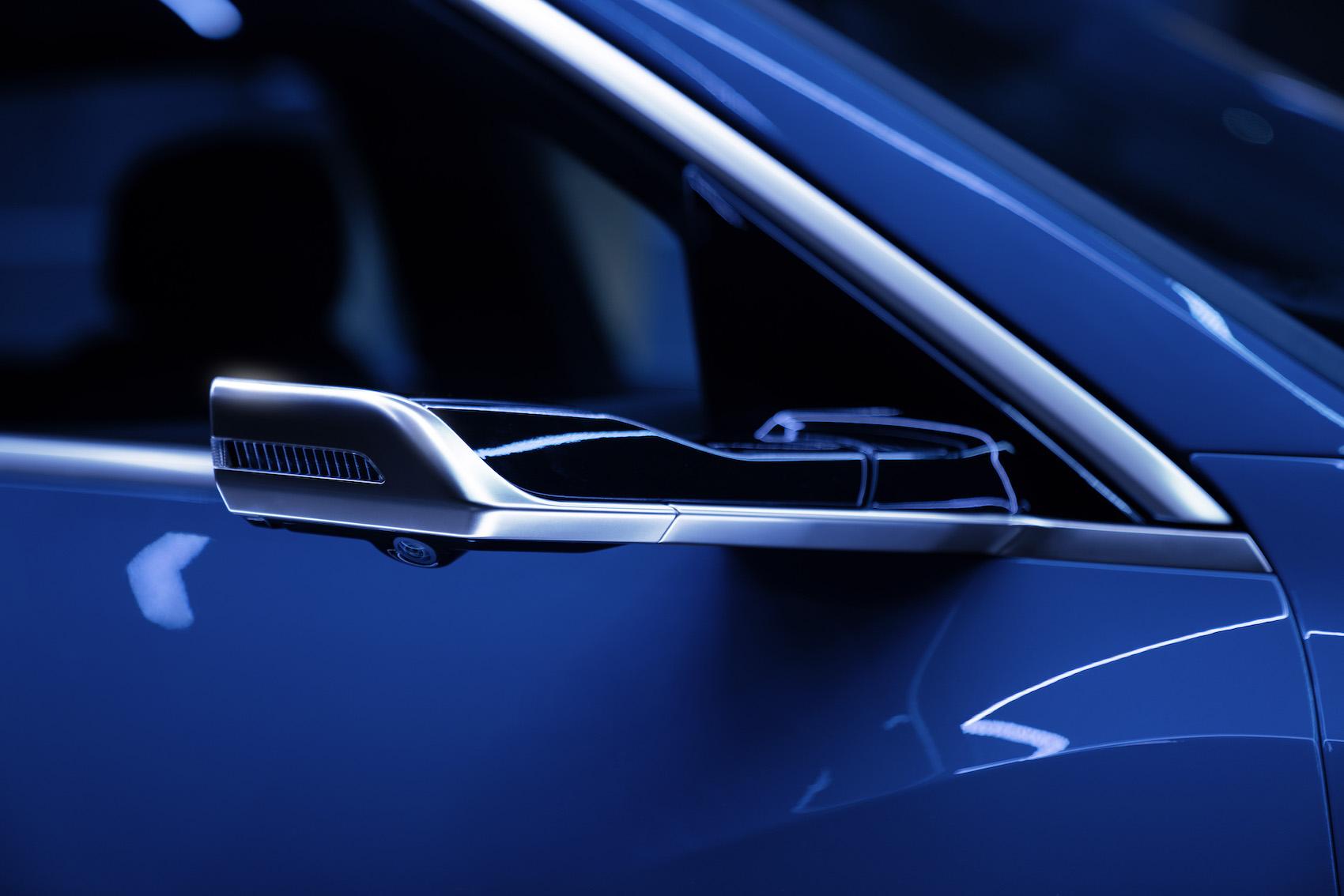 Proposés en option, les rétroviseurs extérieurs virtuels font partie de ce concept aérodynamique intelligent.