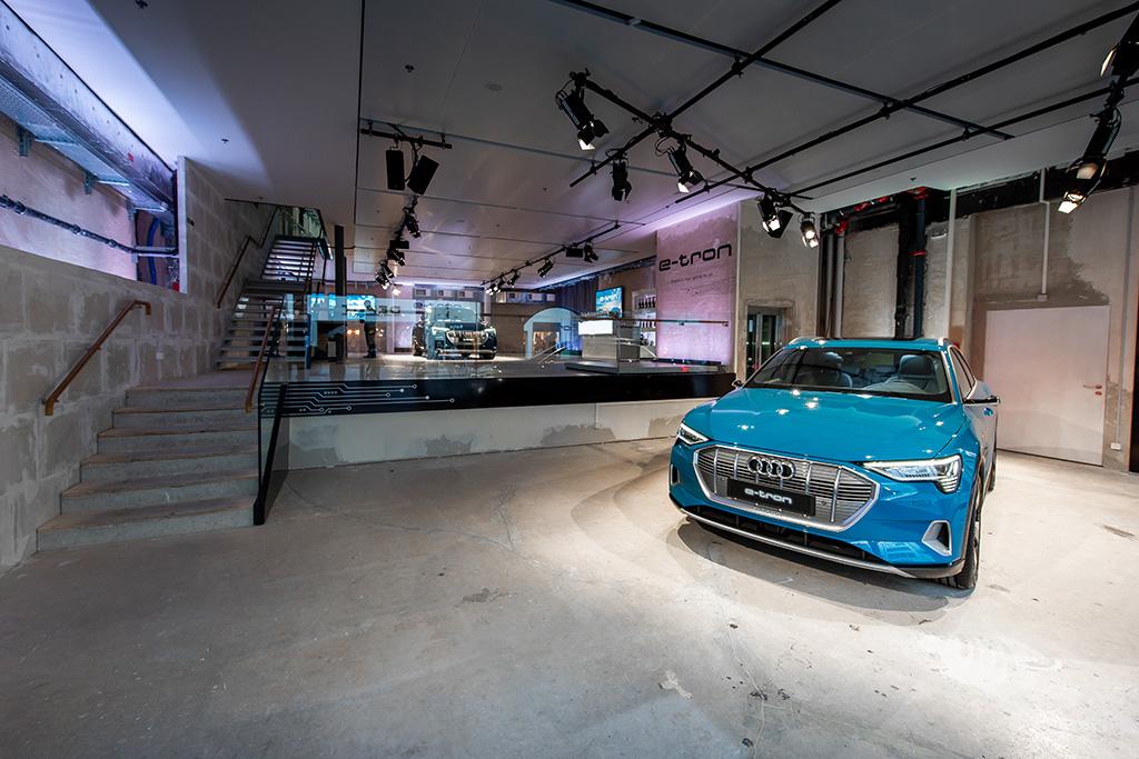 Il pop-up store in Rennweg 43 a Zurigo è aperto da lunedì a sabato, per lo più dalle ore 8 alle 20, anche per i semplici interessati e senza prenotazione. (Tom Lüthi)