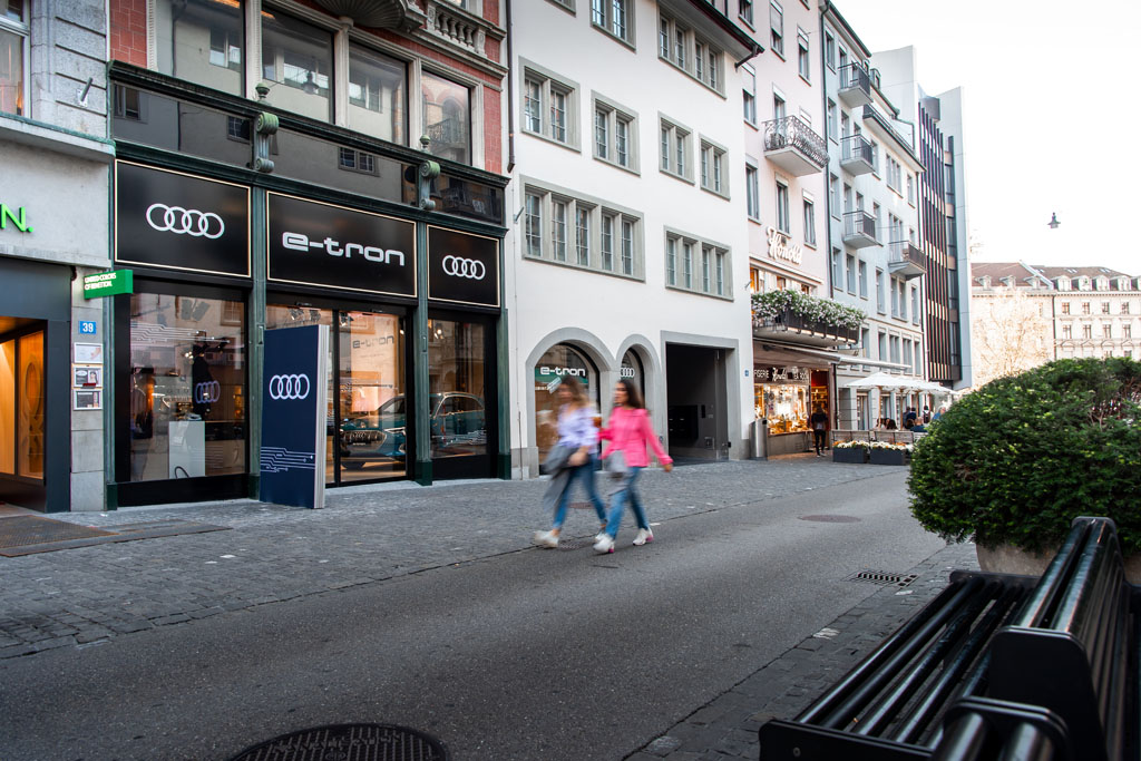 L'e-tron Pop-up Store du Rennweg à Zurich. (Tom Lüthi)
