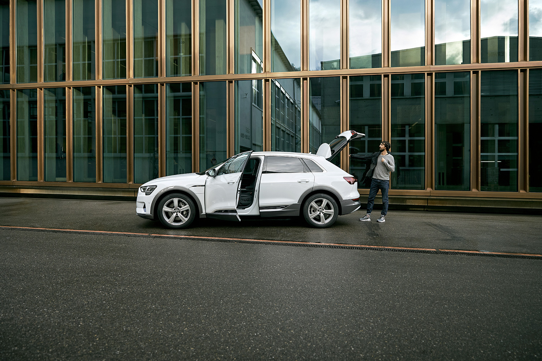 Der Audi e-tron überzeugt Caspar Coppetti.