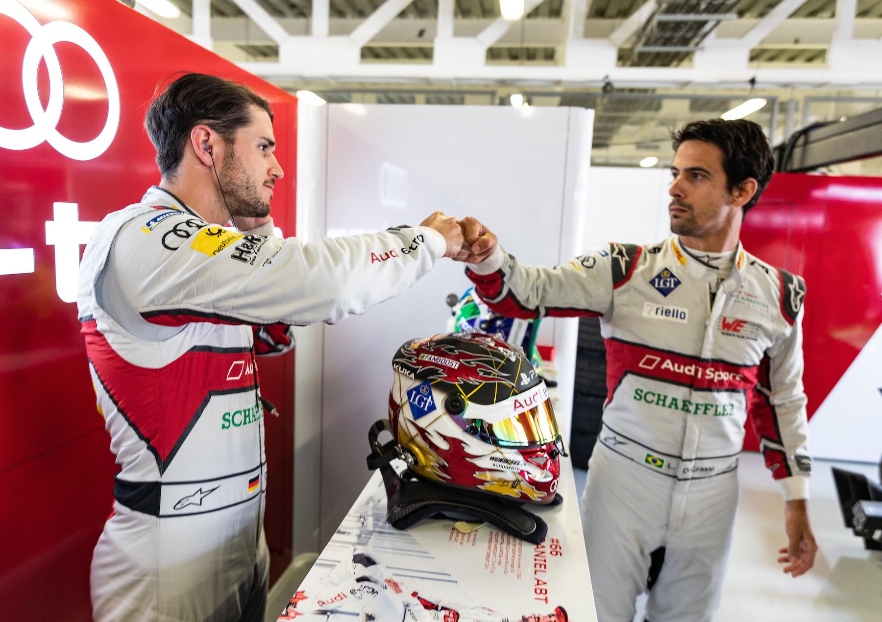 Daniel Abt (à gauche) et Lucas di Grassi. (Audi Communications Motorsport/Michael Kunkel)