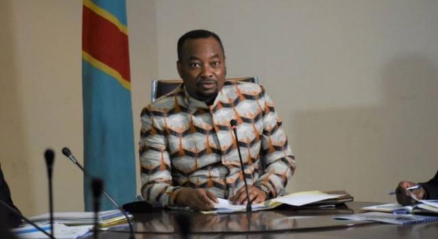 La responsabilité du ministre de la Santé publique serait engagée dans l'affaire des médicaments périmés 1