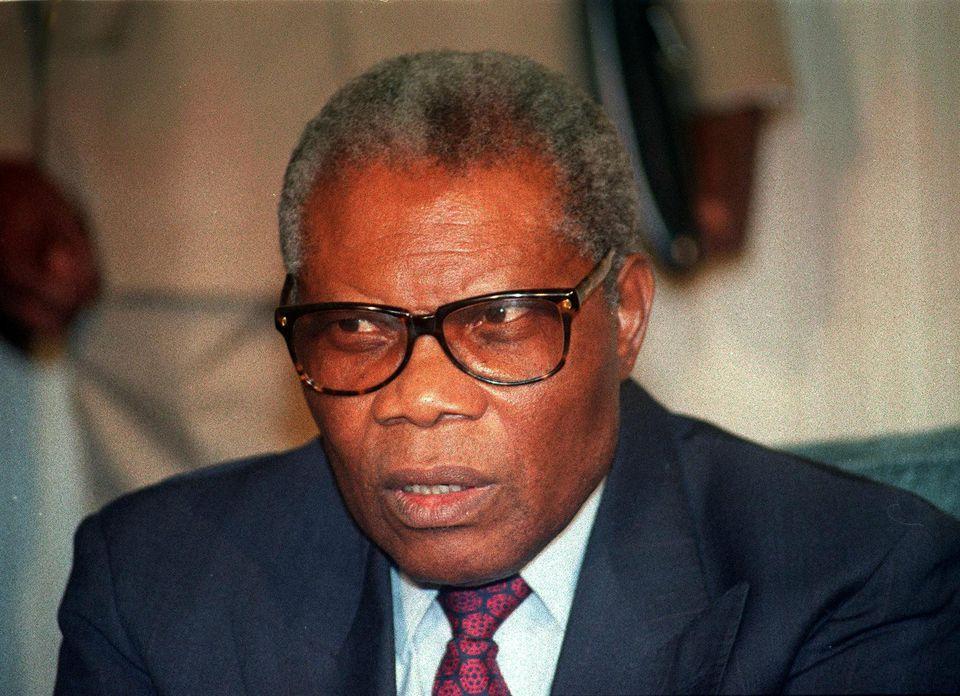 Les Présidents Lissouba et Yhombi inhumés provisoirement en France. 1