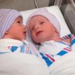 Новородени деца