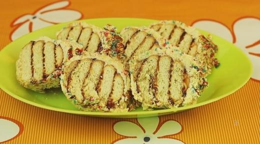 Спомени от едно време: Рецепта за сладък салам от бисквити!