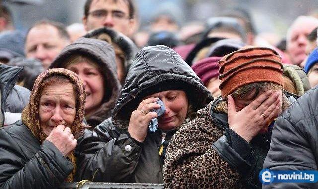 Жалката истина за България: Пенсионерите с 200 лв. пенсия, майките с 40 лв. детски, а непълнолетните роми с деца по 1400 лв.!