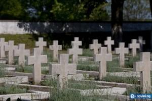 Погребението на България