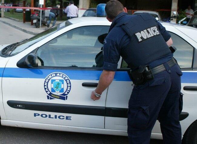 Συνελήφθη στα Άνω Λιόσια ηλικιωμένος που αυνανιζόταν μπροστά σε σχολείο