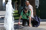 Διαθέσιμα προς όλους τους δημότες τα αίθρια των Δημαρχιακών Κτηρίων σε Ελευσίνα και Μαγούλα κατά τις ημέρες του καύσωνα