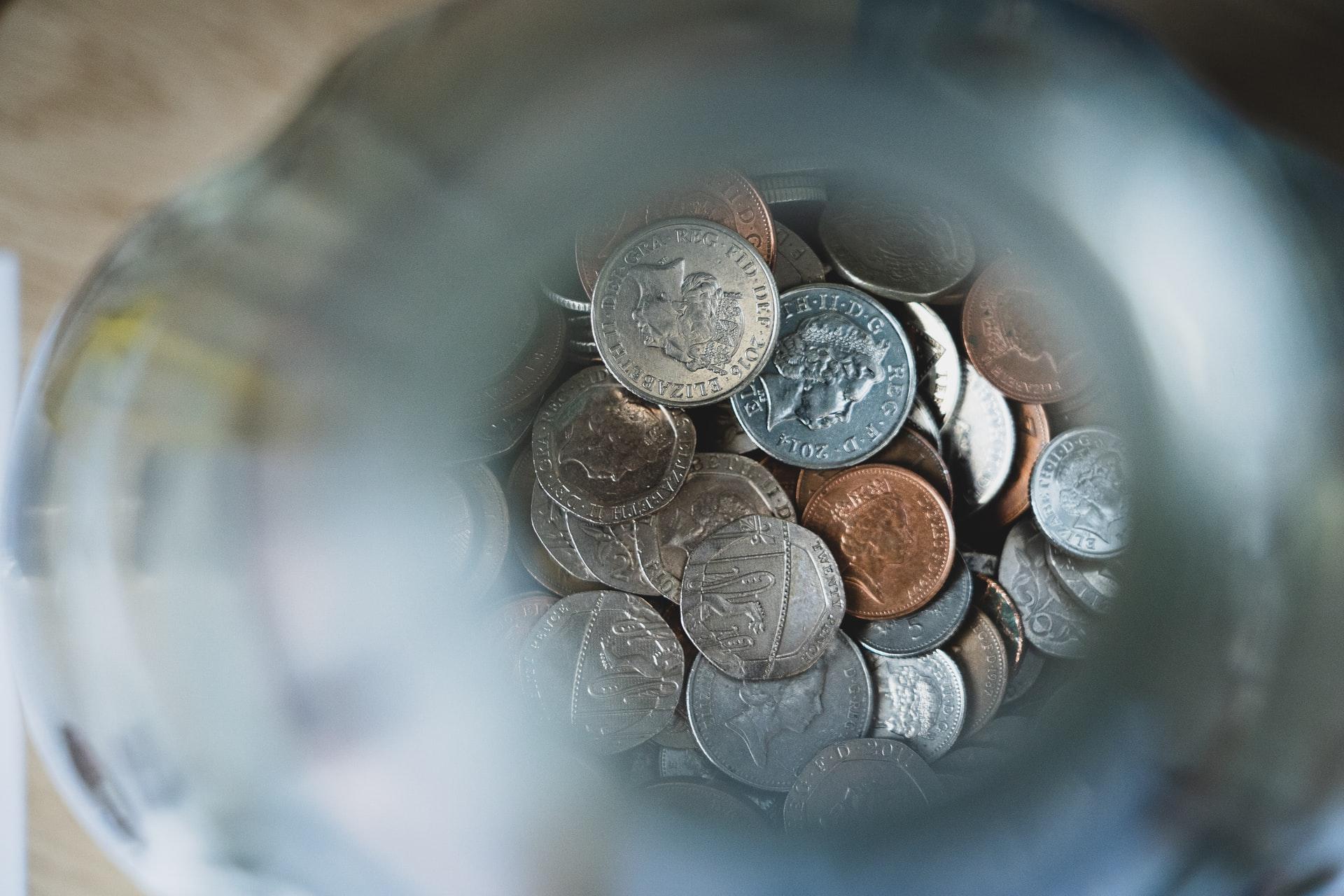 Blog sur un budget: 10 stratégies pour les blogueurs