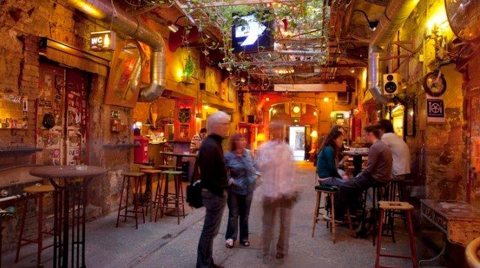 Szimpla Kert - Ruin Pubs