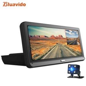 Технологичный видеорегистратор Bluavido 8 в 1