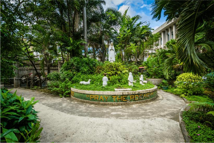 University of Santo Tomas-01 (1)