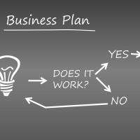 大手不動産会社と中小零細建売会社の戦略の違い。